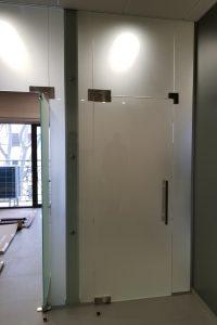 Стекло матовое Satin для двери в сауну от компании KUB, Одесса